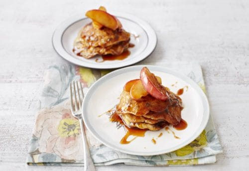 Raisin pancakes with caramelised apples