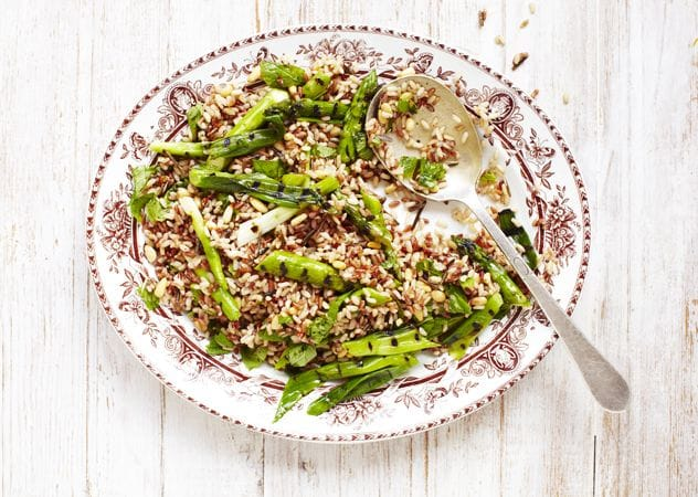 Asparagus and wild rice salad - Holland & Barrett