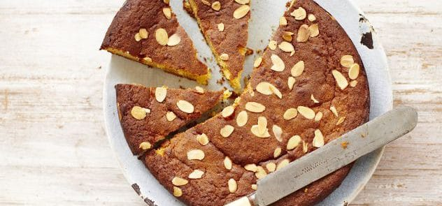A apple and almond cake