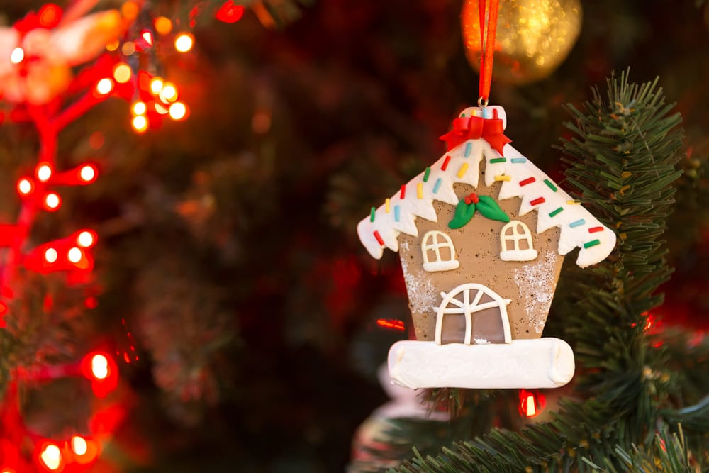 Delicious gingerbread decorations for your tree