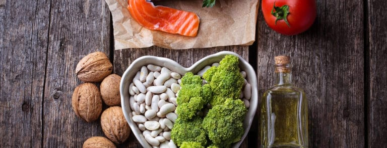 Cholesterol diet, healthy food for heart.