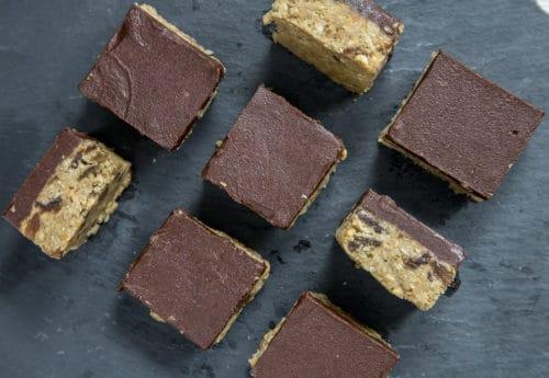 Chocolate & peanut butter bites