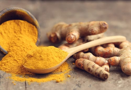 8 easy ways to supercharge your day with turmeric