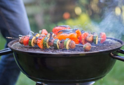 5 easy ways to make your barbecue healthy this summer