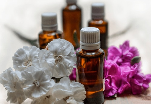 8 essential oils for anxiety you should try