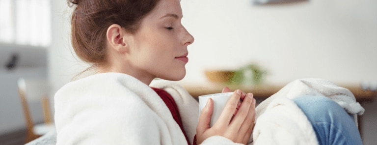 How do I prevent getting a cold?
