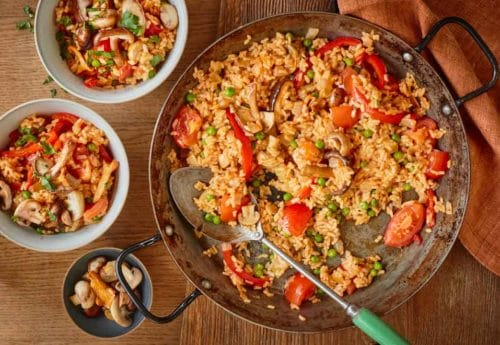 One Pot Dishes: Vegan Paella with Mixed Mushrooms