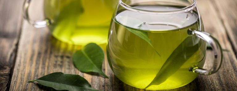 drink green tea for bloated stomach