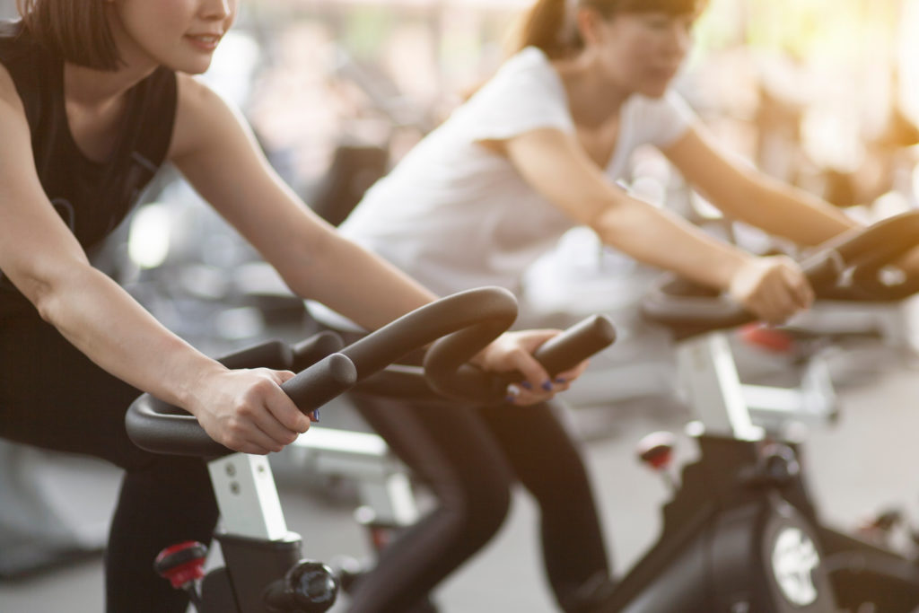 5 reasons why bike exercise is good for you (+ bike exercises)